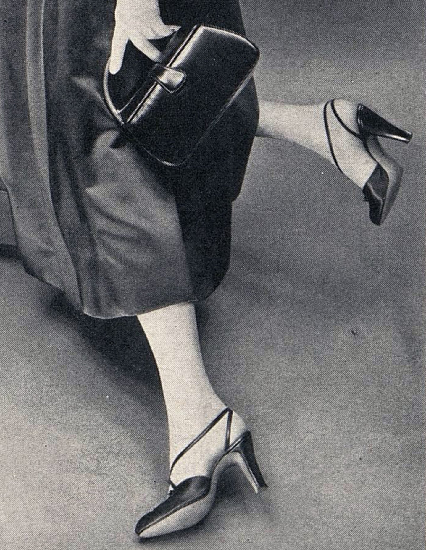 Harper's Bazaar, September 1952. Photographer: Ernst Beadle.