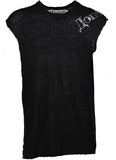 black sleeveless tee
