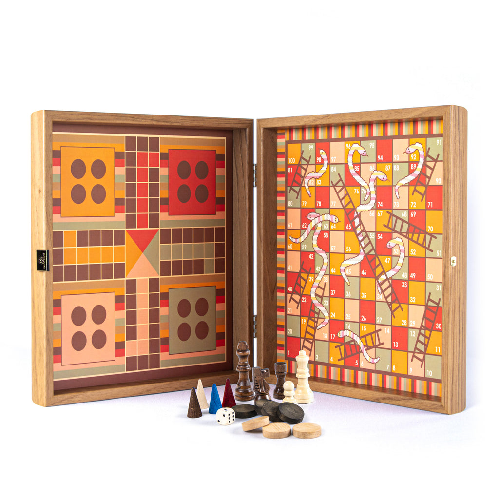 RAINBOW COLOURS - 4 in 1 Combo Game - Chess/Backgammon/Ludo/Snakes