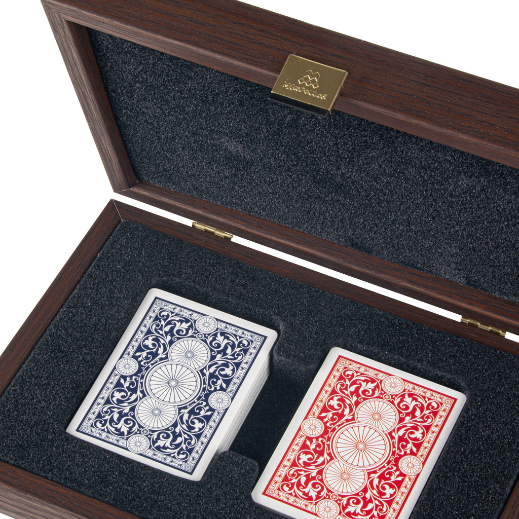 PLASTIC COATED PLAYING CARDS in Caramel colour Leatherette wooden case