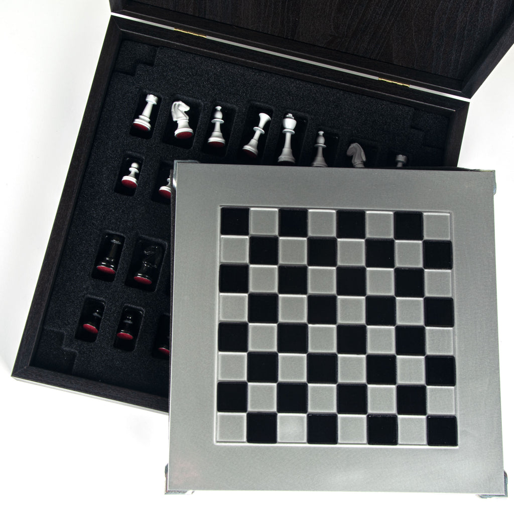 CLASSIC METAL STAUNTON CHESS SET with black/white chessmen and aluminium chessboard 28 x 28cm (Small)