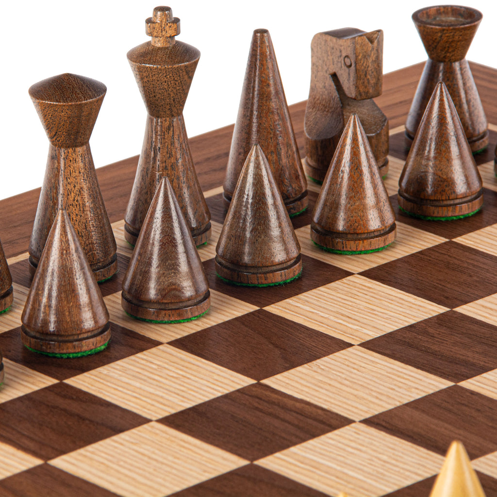 WALNUT Chess set 40x40cm (Medium) with Modern Style Chessmen 7.6cm King