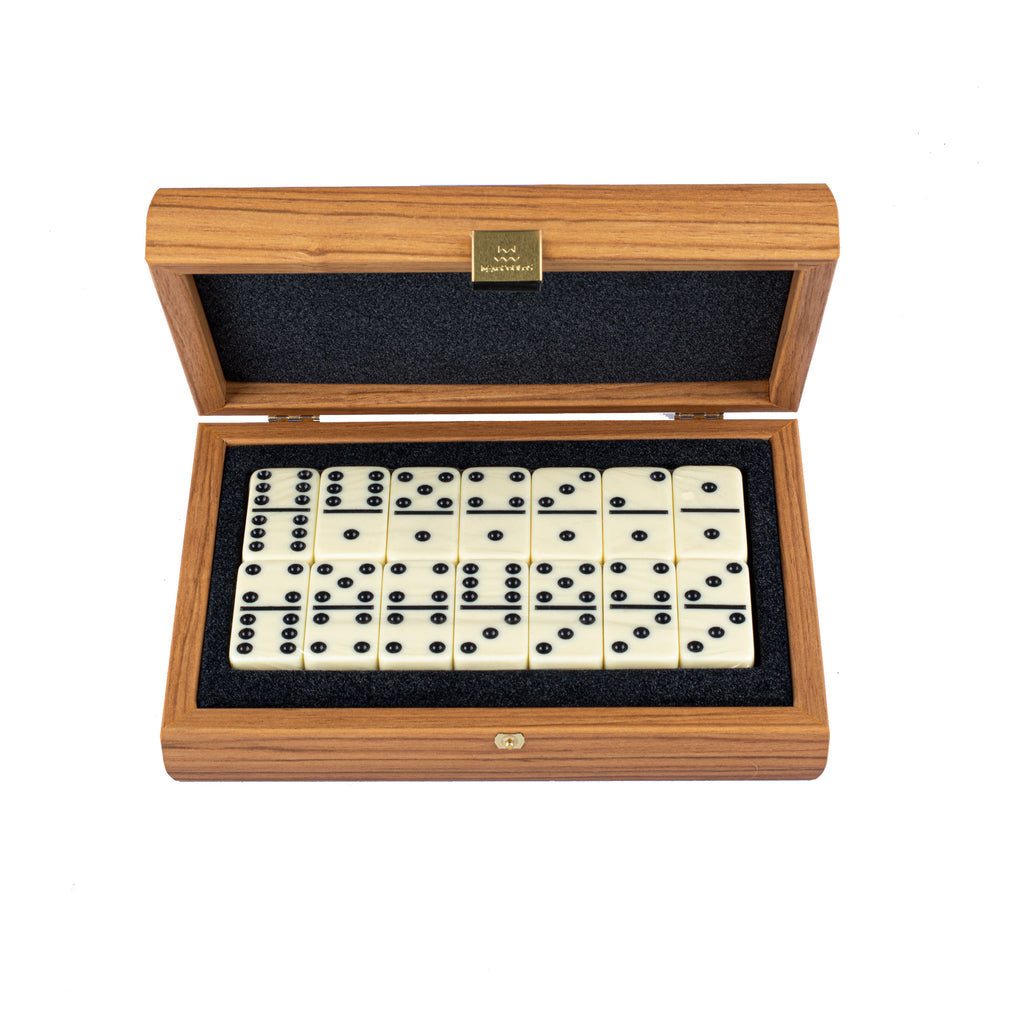 DOMINO SET in Walnut replica wooden case