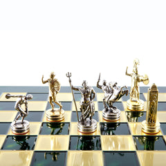 Handcrafted Metallic Chess - Chess Set - Discus Thrower (Medium) - Gold/Silver green