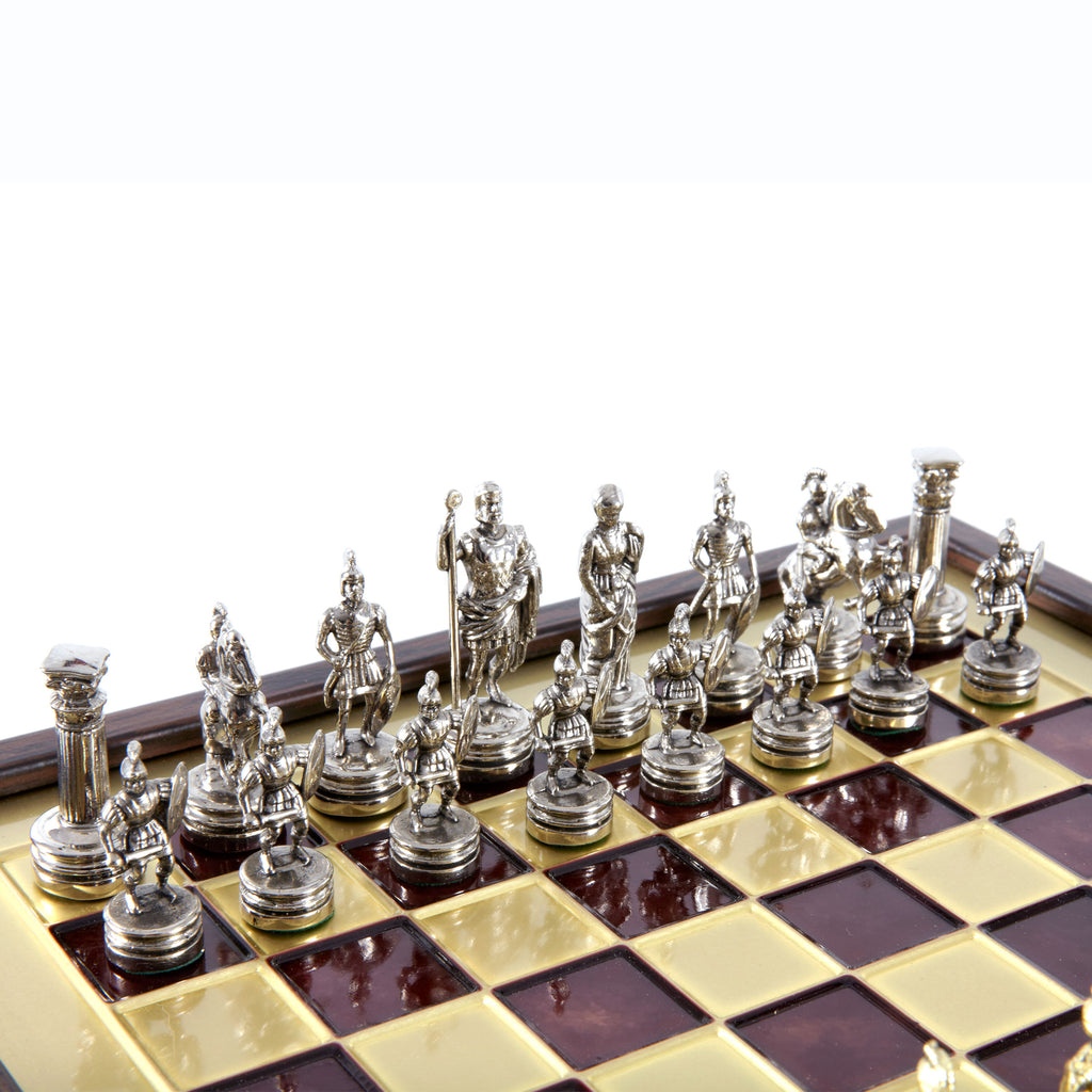 GREEK ROMAN PERIOD CHESS SET in wooden box with gold/silver chessmen and bronze chessboard red