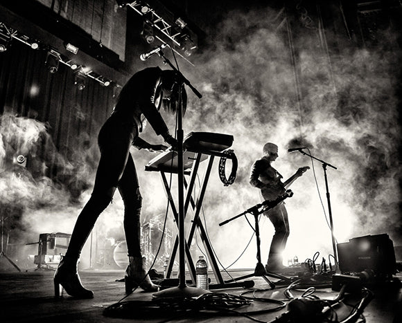 6 Best Songs With The Word Fall ~ Phantogram - Fall in Love