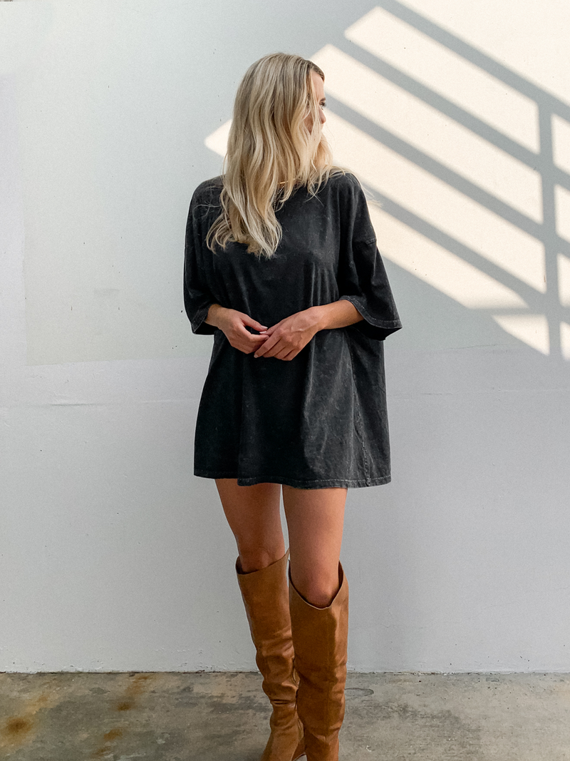 Oversized Tee in Charcoal - Stitch And Feather