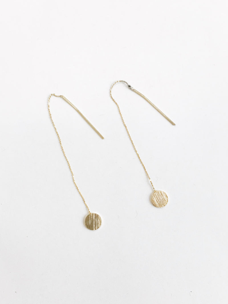 Long, delicated earrings with gold chain and flat plate circles Gold Plated