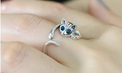 Adorable Clinging Cat Ring - Craftted