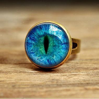 Vintage Glass Cat Eye Ring - Craftted
