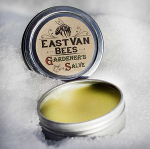Gift Box with 100% Beeswax Lotus Flower Candle, 2 x Lip Balms, Gardeners Moisturizing Salve
