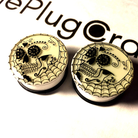 *CLEARANCE* Acrylic Glow In The Dark Sugar Skull Plugs