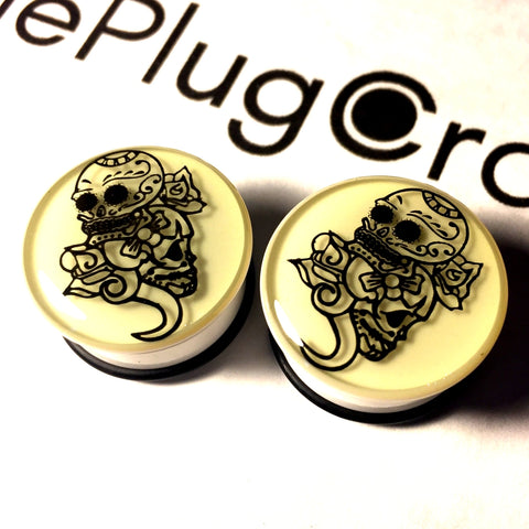 *CLEARANCE* Acrylic Glow In The Dark Double Sugar Skull Plugs 22mm / 7/8""