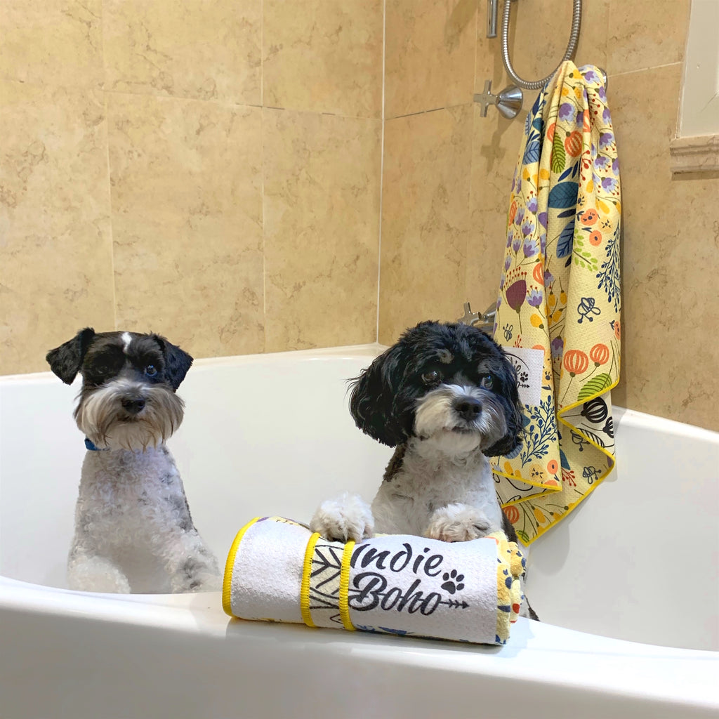 Dog bath towel in Blooming Bees