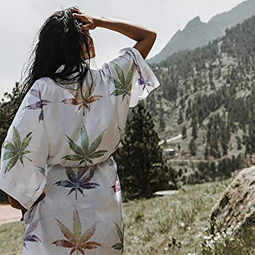 Hemp Leaf Robe