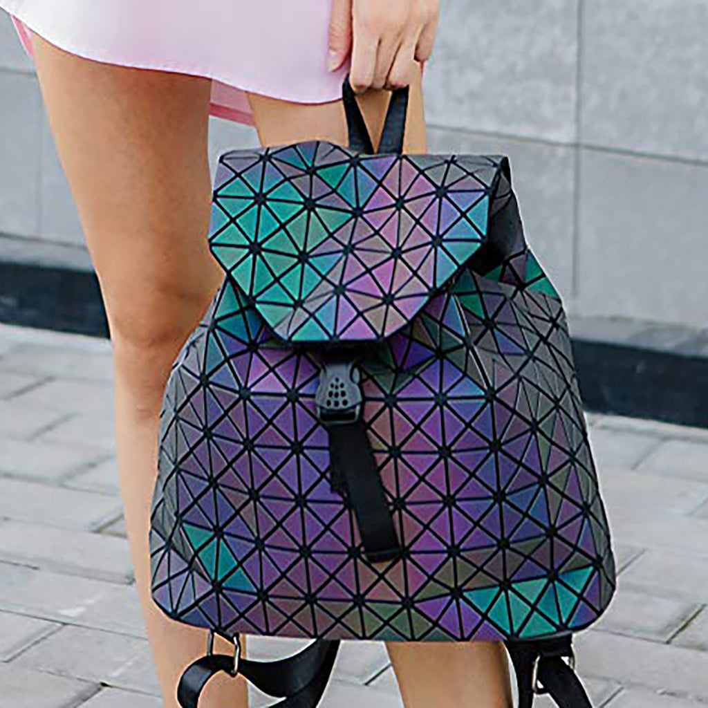 Holographic Luminous Purse