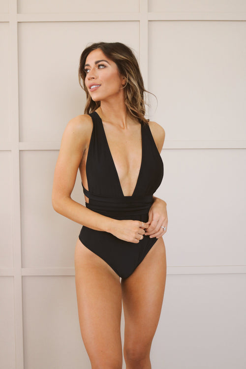Plunge in The Water One Piece