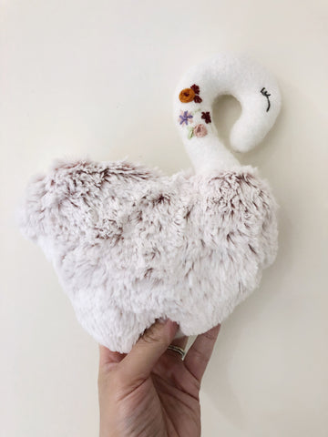 Juliet the Swan chickadee & hen