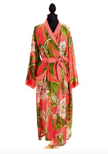 Load image into Gallery viewer, Fly Behavior Printed Duster Robe