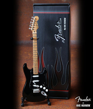 Axe Heaven Fender™ Strat™ Black Finish & Black Pick Guard