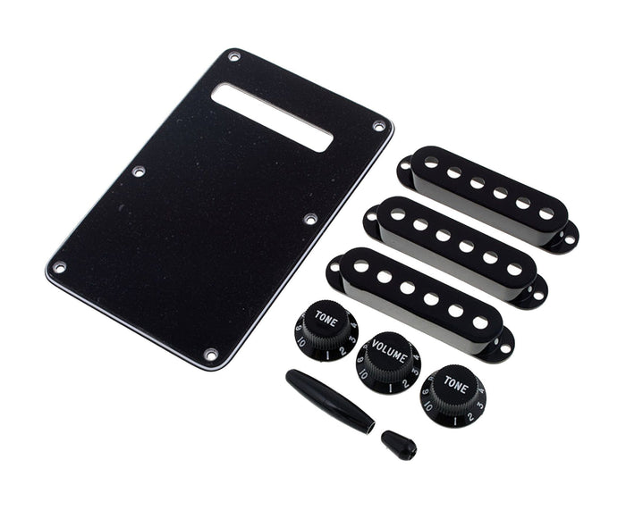 Fender USA Original Stratocaster Accessory Kit in Black