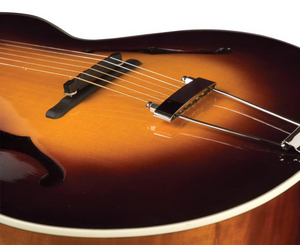 The Loar Deluxe Acoustic Archtop Guitar LH-700-VS