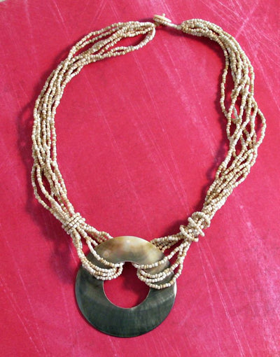 Loop Shell Necklace - Natural Artist