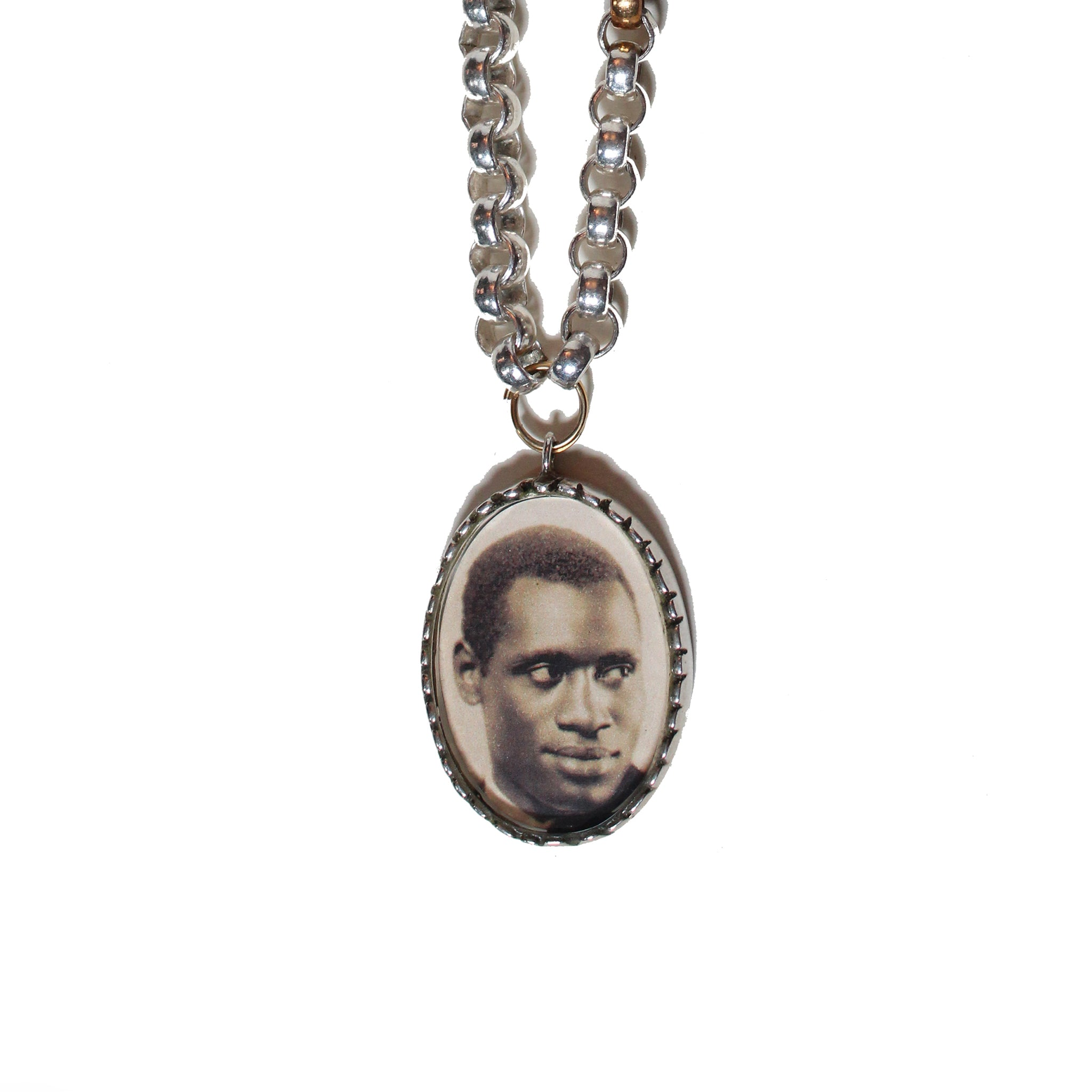 PAUL ROBESON (G)ENIUS CHAIN