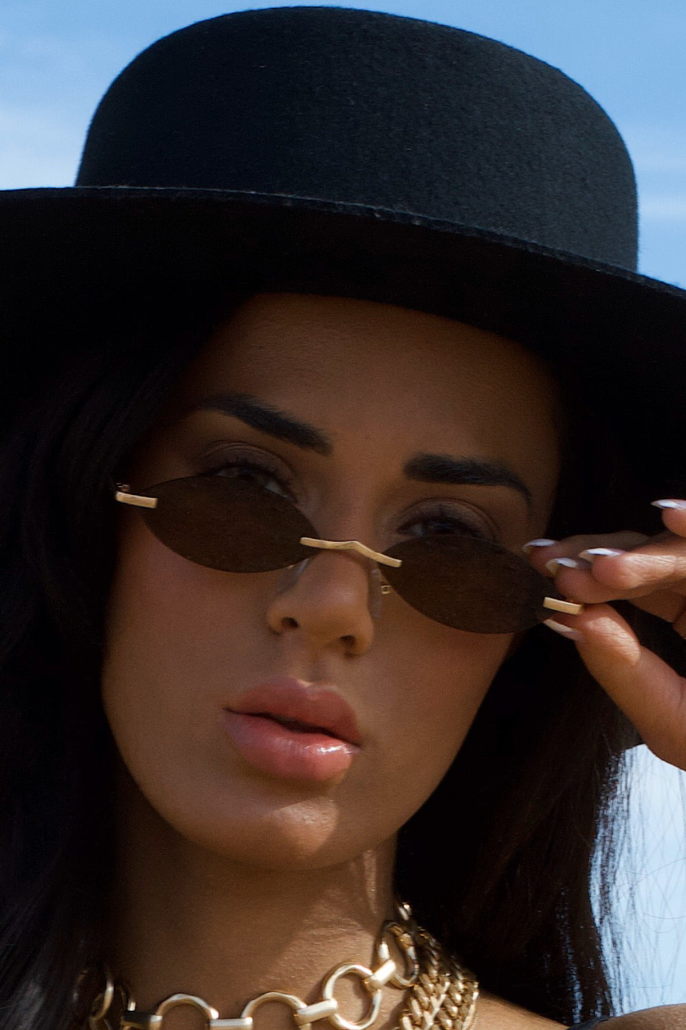 Side Eye Retro Sunglasses