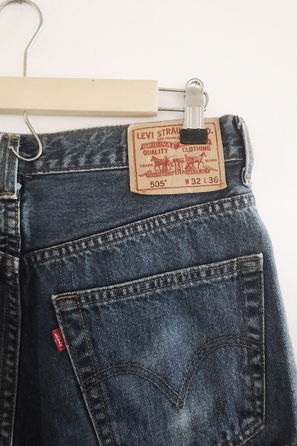 Vintage Levi Denim Short SIZE 5/6