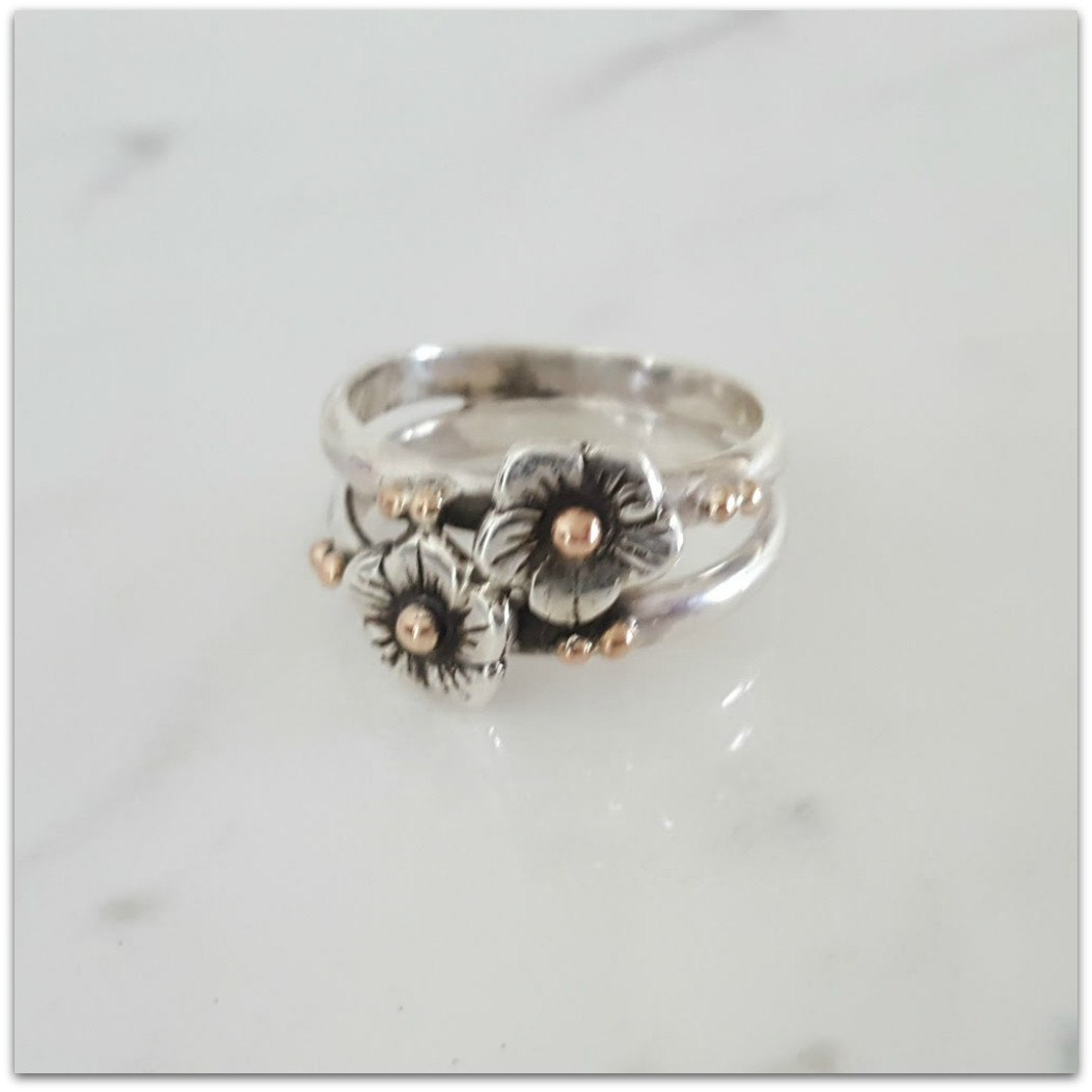 Lynda Salmon Collection II ~ Entwined Double Flower Ring - Aspect Design Tasmanian Gifts Gallery