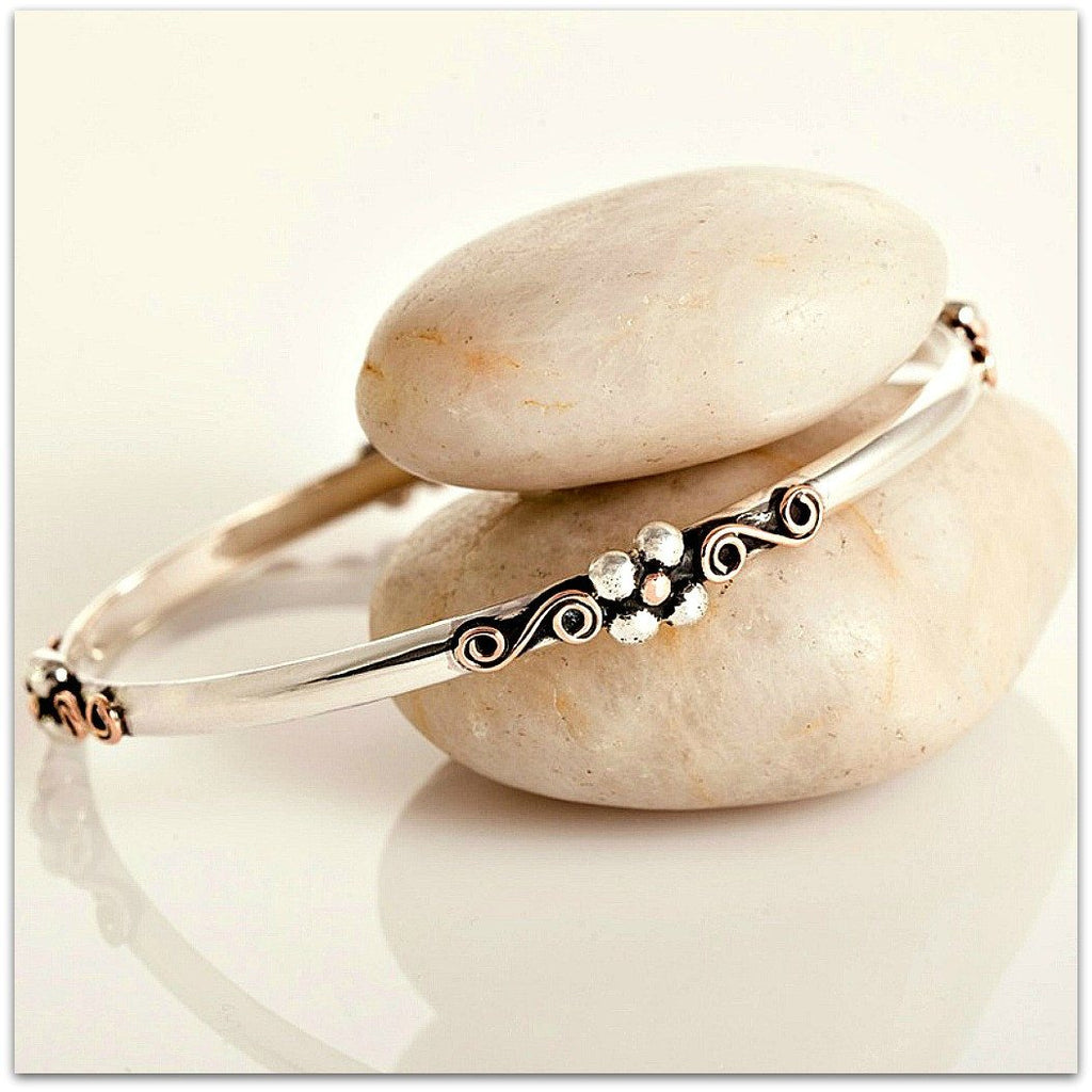 Lynda Salmon ~ 4 Leaf Clover Bangle - Aspect Design Tasmanian Gifts Gallery