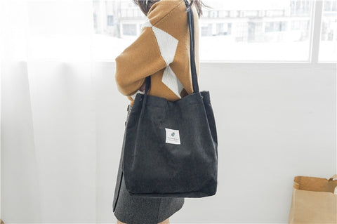 SHOULDER BAG