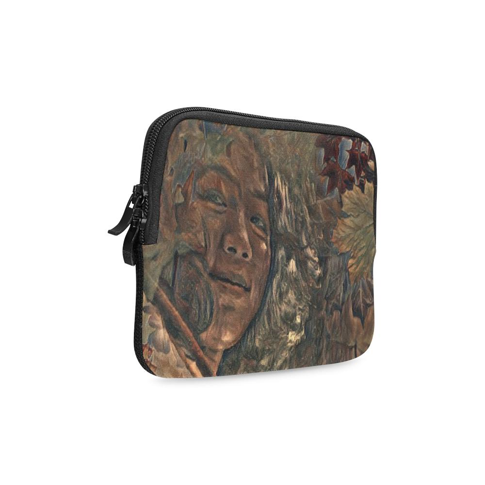 Levi Thang Vintage Face Design Q iPad mini Sleeves