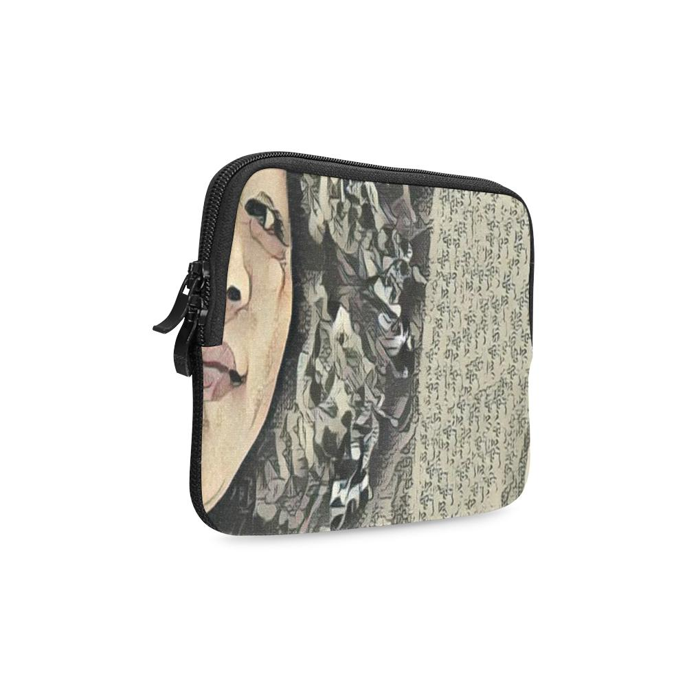 Levi Thang Vintage Face Design I iPad mini Sleeves