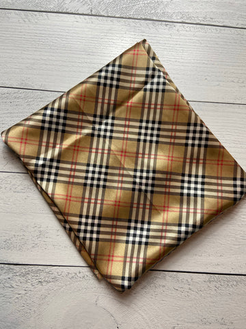 "44"" Carmel Plaid"