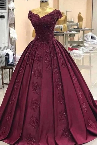 Off-Shoulder Grape Ball Gown Appliques Prom Dresses With Cap Sleeves D447
