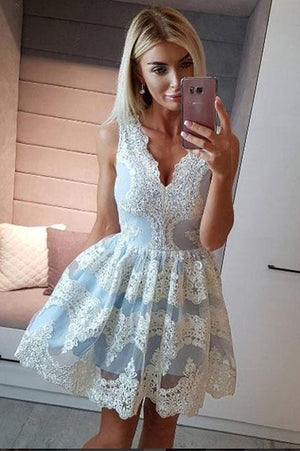 Deep V Neck Homecoming Dress,Sleeveless Lace Appliques Short Prom Dress H189