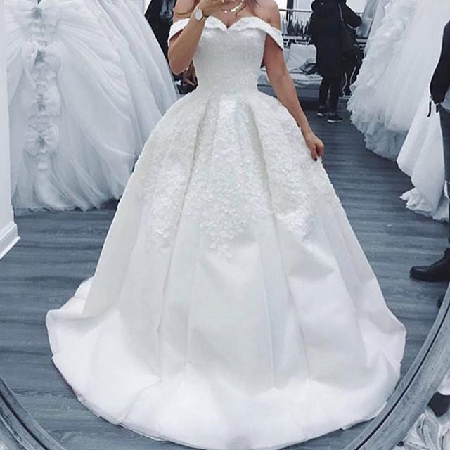 Romantic Off the Shoulder Sweetheart Wedding Dresses Lace Ball Gown W506
