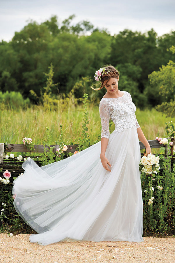 White A Line Brush Train Half Sleeves Layers Tulle Appliques Wedding Dress,Beach Wedding Dress