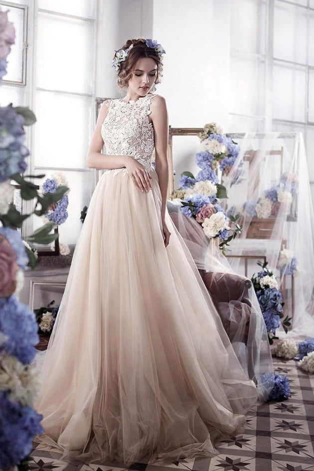 Charming Top Lace Sleeveless Tulle Long Wedding Dress W804
