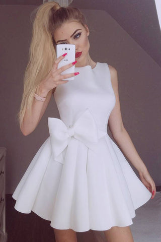 Simple Jewel White Satin Short Prom Homecoming Dress with Bowknot M709