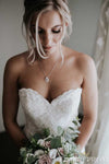 Elegant Sweetheart Sleeveless Backless Lace Wedding Dresses Bridal Gowns W569