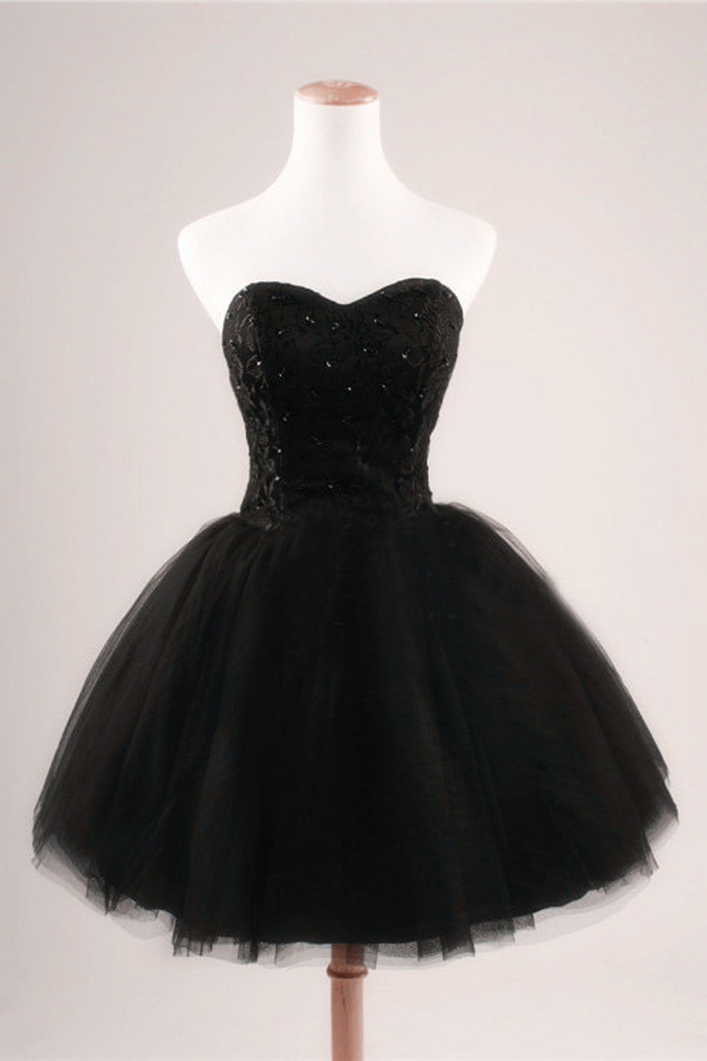 Black Strapless Ball Gown Tulle Homecoming Dresses HG66 - Ombreprom