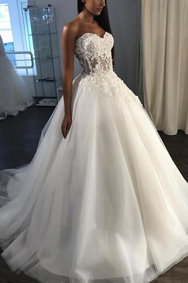Elegant Sweetheart Strapless A Line With Lace Appliques Ball Gown Wedding Dress W393