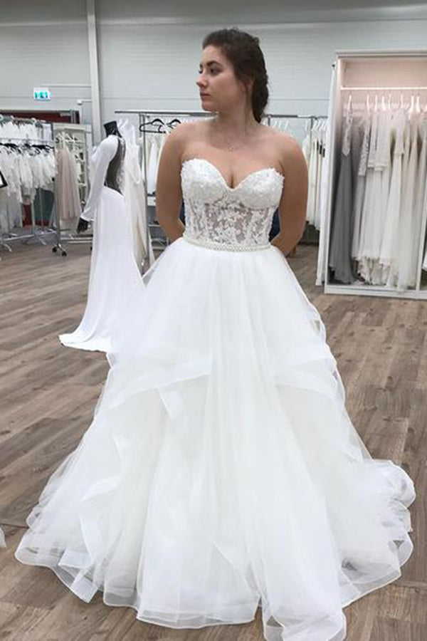 Chic Strapless Sweetheart Lace Ball Gown Wedding Dresses with Ruffles W520