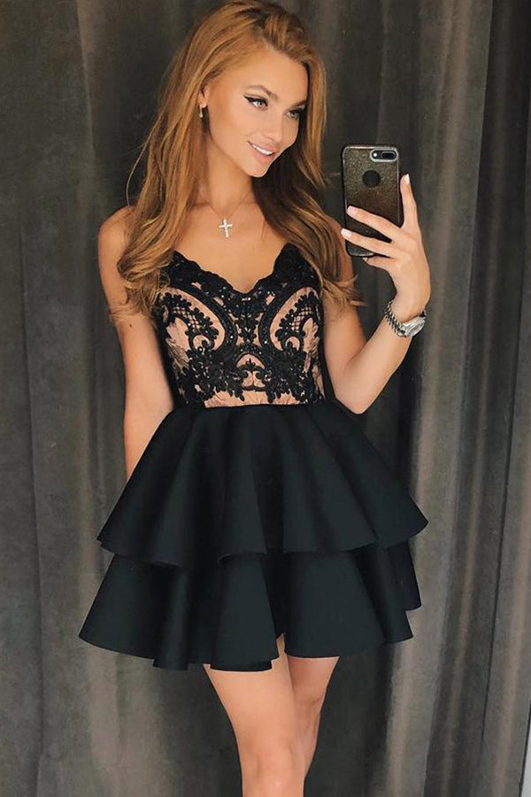 Elegant Spaghetti Straps With Lace Applique Homecoming Dress M506