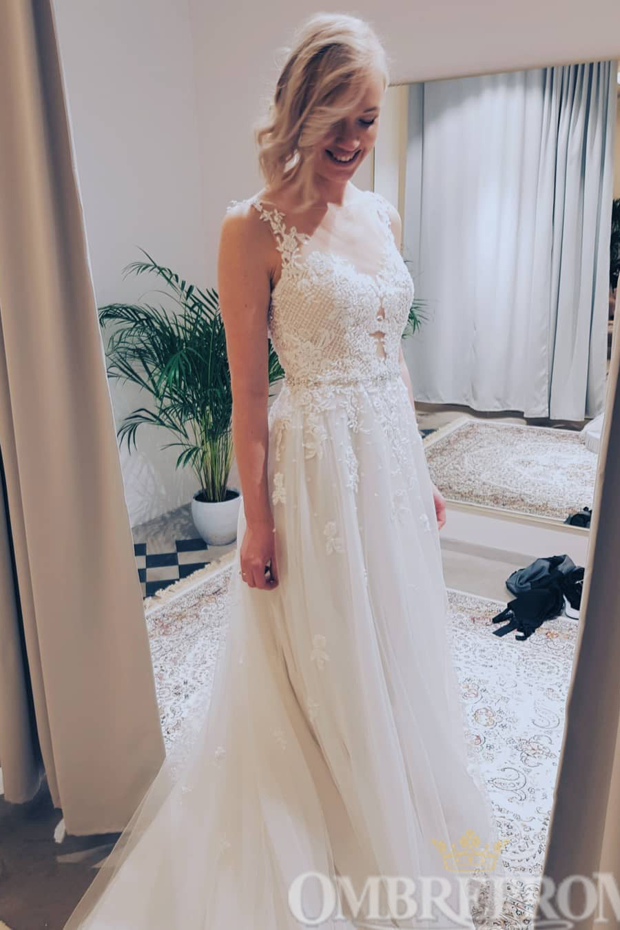 Charming Sleeveless A Line Lace Wedding Dress with Appliques W758