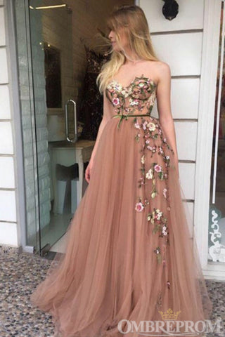 products/Chic_Sweetheart_Sleeveless_Tulle_Prom_Dress_with_Appliques_D287.jpg