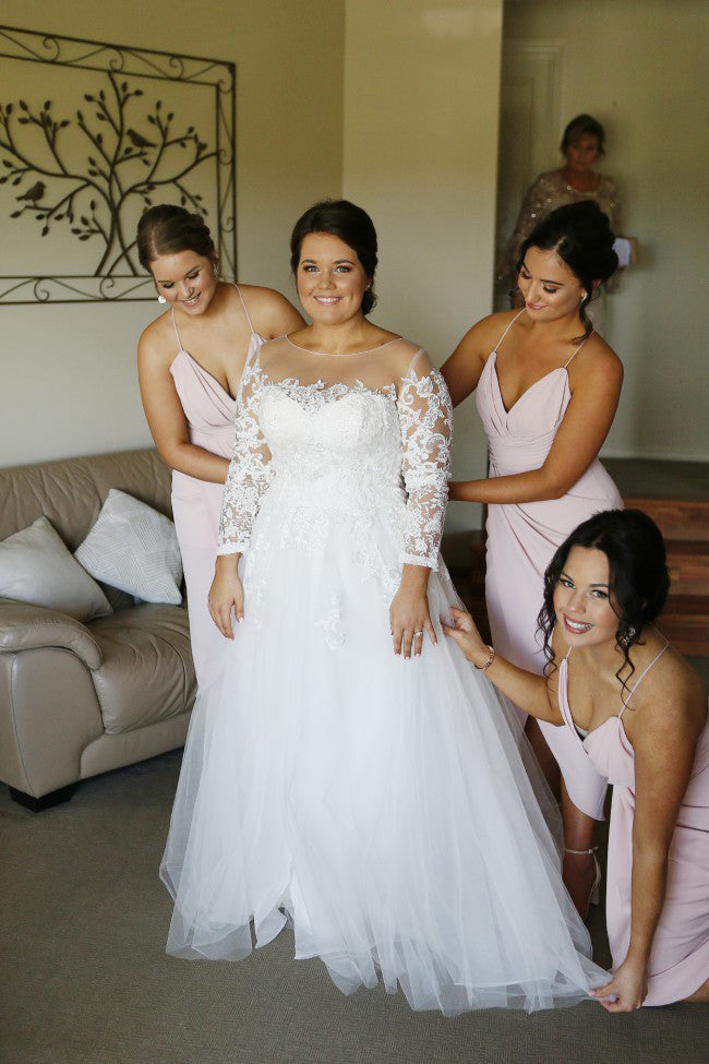 Delicate Round Neck Long Sleeves A Line Lace Plus Size Wedding Dress W679